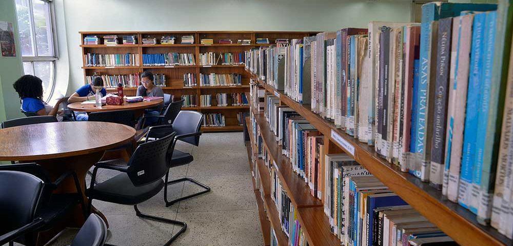 biblioteca Sesc São João de Meriti