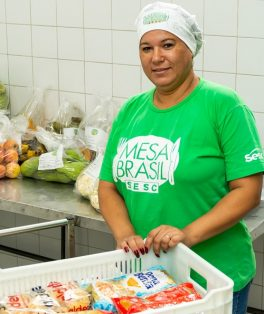 Voluntários Mesa Brasil retratos - SESC Madureira- - Foto Claudia Dantas
